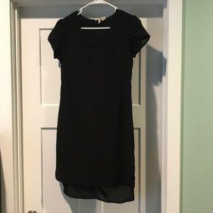 LIKE NEW Super cute black dress.